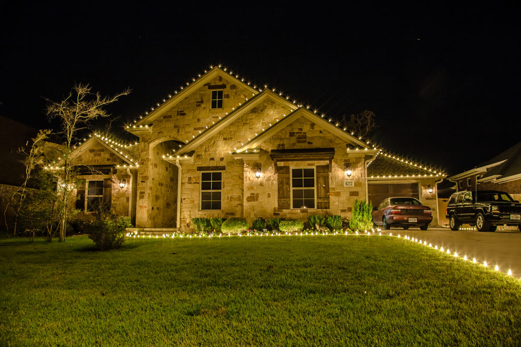 The Christmas Crew - Gallery - Fort Worth Holiday Lighting Installation
